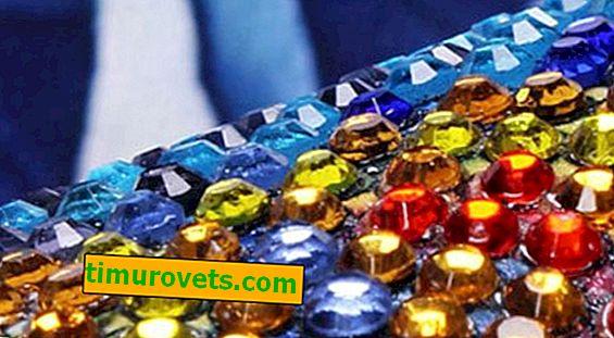 Diamantová výšivka na nosítkách s kulatými kamínky
