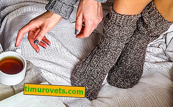 Mokré ponožky v noci z nachlazení a chřipky