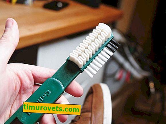 Comment utiliser une brosse pour les chaussures en daim?