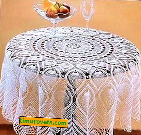 Crocheted fishnet tablecloths