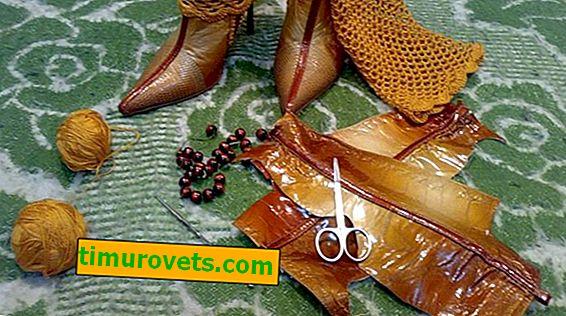 Taske med gamle læderstøvler