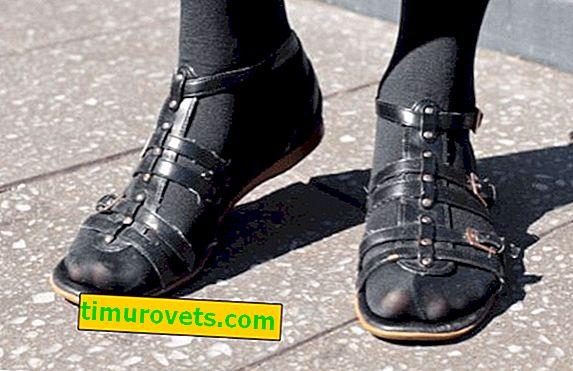 Сандали и чорапогащи - кога грешка и кога мода?