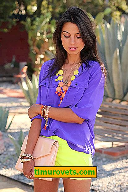 Kombinácia s lila v šatách