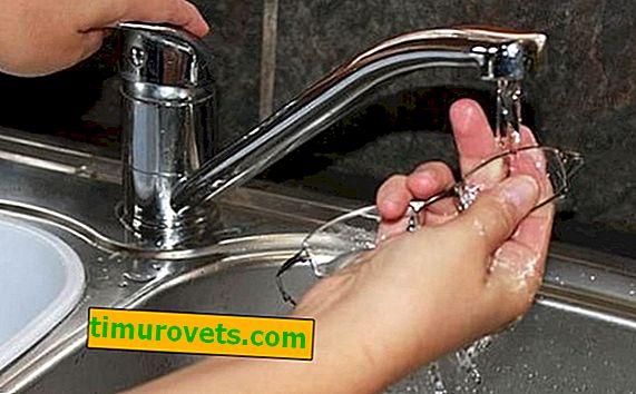 ¿Cómo lavar los vasos?
