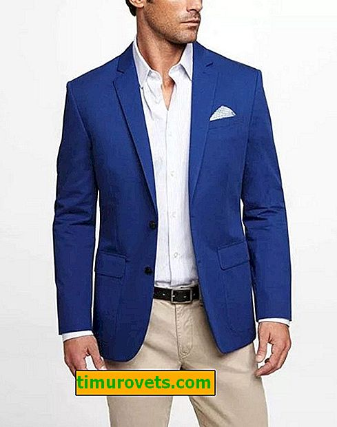 What to wear under a jacket for a man?